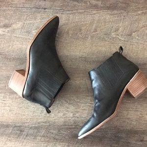 Madewell Stacked Heel Chelsea Boot